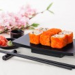 California Maki Sushi with soy sauce and ginger — Stock Photo #37437345