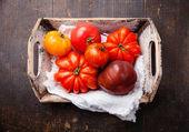 Ripe fresh tomatoes — Stock Photo