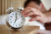 Stänga av en väckarklocka — Stockfoto