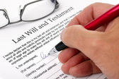 Signing Last Will and Testament — Stock Photo