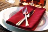 Restaurant dinner place setting — Stock Photo