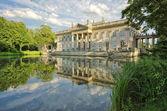Palace in Lazienki Park, Warsaw — Stock Photo