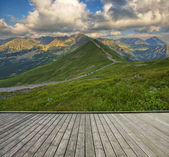 Terrace and mountain — Stockfoto