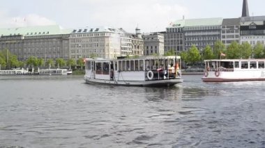 Boats on the Alster in Hamburg — Stock Video