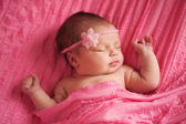 Portrait of a Beautiful Newborn Baby Girl — Stock Photo