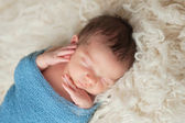 Portret chłopca śpi noworodek — Zdjęcie stockowe