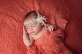 Baby Girl Wearing a Rhinestone Flapper Headband — Stock Photo