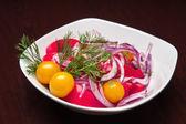 The menu - photo - fresh salad from tomatos, onions etc — Stock Photo