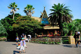 "Tokyo Disneyland park in western Tiki Temple ""fanatical paradise"" — Stock Photo"
