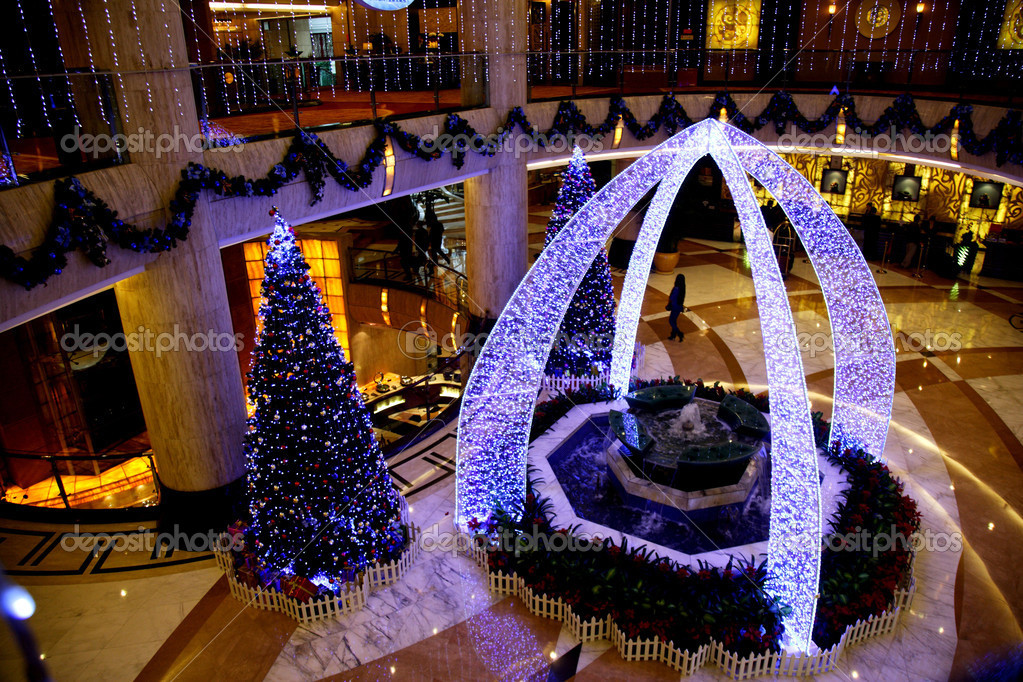 Christmas Decorations In Hotel Lobby : Jiangbei district chongqing jinyuan hotel lobby christmas