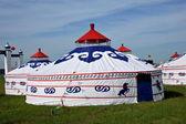 Hulunbeier użytków zielonych w mongolii wewnętrznej uczestniczyć będzie naadam w mongolii pasterze chenbaerhuqi — Zdjęcie stockowe