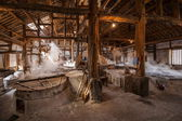 Zigong one thousand meters ancient salt - Sun Sea wells ruins reproduce the ancient tradition of salt craft workshops — Foto Stock