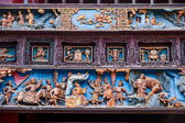 XiQin Zigong Salt Museum Hall stage skirts carved wood art historical stories and legends — Foto Stock