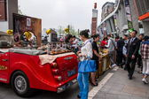 """Trunk Bazaar"" is a new social shopping experience life — 图库照片"