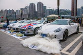 Porsche owners have come to the back-up car exchange market — 图库照片