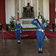 "Taipei, Taiwan, ""Sun Yat-sen Memorial Hall"" changing of the guard ceremony ceremonial soldiers punctual time — Stockfoto"