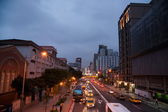 Nanjing west road, datong district, taipei, tchaj-wan v noci — Stock fotografie