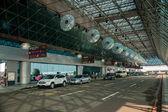 Canal de estacionamento temporário do Taiwan taoyuan Aeroporto Internacional terminal rodoviário — Fotografia Stock