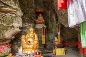 Banan District, Chongqing City, East River Springs five cloth Buddha Buddha Cave — Stock Photo