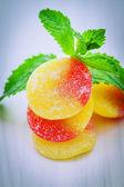 фрукты десен и мяты — Стоковое фото