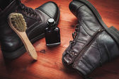 Cleaning of men's boots — Photo