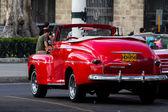 Coche viejo en la Habana — Foto de Stock
