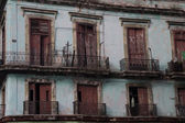 Old balconery in La Havana — Stock Photo