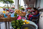 Photography of  a marketplace street in Leon, Nicaragua — Stock Photo