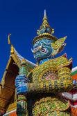 Gaint Guardian at Wat Phra Kaew, Temple of the Emerald Buddha — Stock Photo