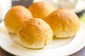 Fresh baked dinner rolls — Stock Photo
