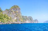 Koh Phi Phi National Park in Krabi, Thailand — Stock Photo