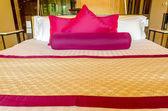 Schlafzimmer dekoration modernes design in thai-stil — Stockfoto