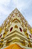 Bodhgaya-style stupa at Wangvivagegaram Temple, Sangkhla Buri, Kanchanaburi Province , Thailand — Stock Photo