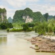 Bamboo rafts in idyllic li river scenery — Stock Photo