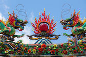 Dragon roof decorations in top of tao temple — Foto Stock
