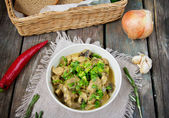 Turkey stew with mushrooms and yogurt — Stock Photo