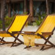Two chairs on perfect tropical white sand beach in Tulum, Mexico — Stock Photo