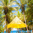 Perfect tropical beach in exotic resort — Stok fotoğraf