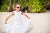 Adorable little girl on tropical beach vacation in Boracay, Phillipines — Stock Photo
