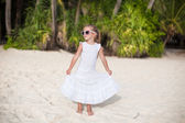 Adorable little girl on tropical beach vacation in Phillipines — Stock Photo