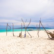 Perfect tropical beach with turquoise water and white sand beaches — Stock Photo