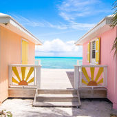 Traditional bright Caribbean houses — Stock Photo