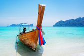 National Thailands boat at islands — Stock Photo