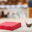 Tissue Papers And Glass On Coffee Shop Table — Stockfoto