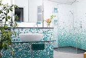 Modern Domestic Bathroom — Stock Photo
