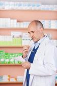 Male pharmacist — Stock Photo