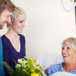 Children With Flower Bouquet Visiting Mother In Hospital — Stock Photo