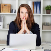 Brunette businesswoman — Stock Photo