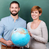Students With Globe — Stock Photo