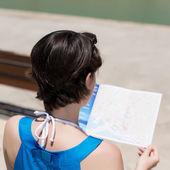 Reading female — Stock Photo